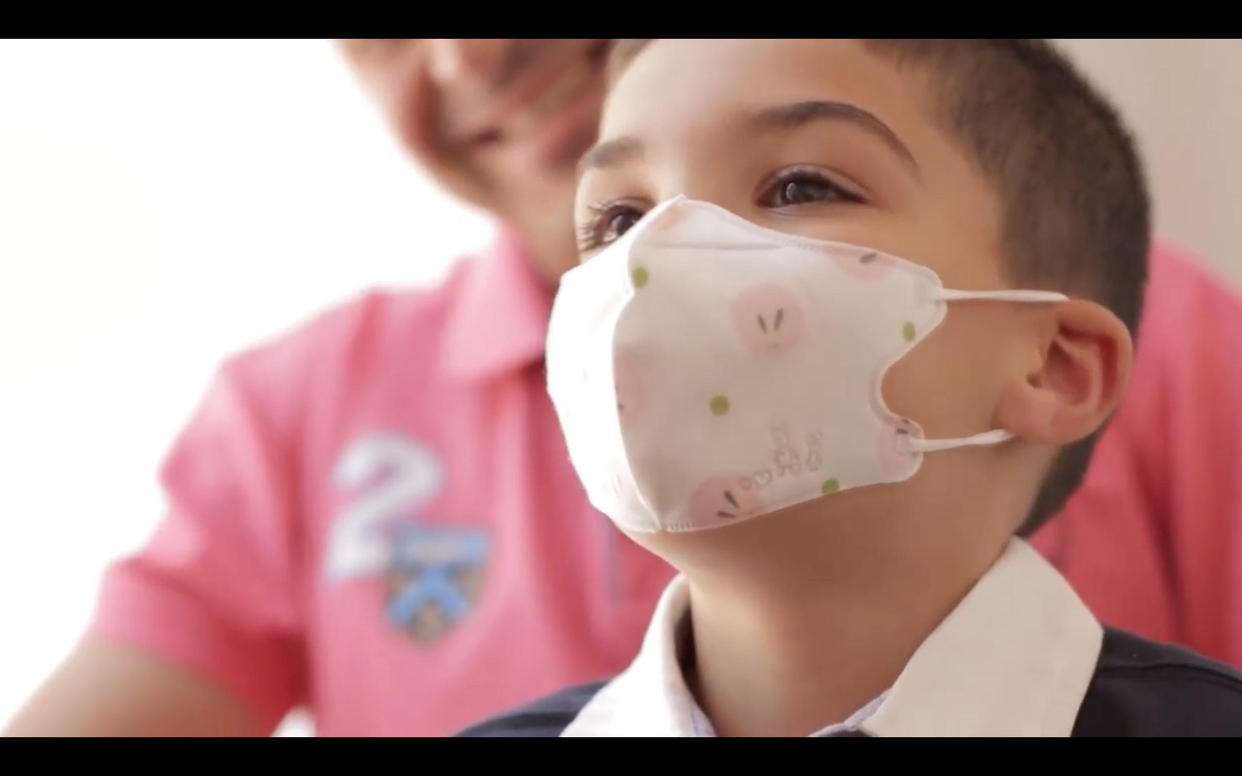 'Escola de familias': La Unidad de Pediatría del Hospital Cosaga resuelve dudas sobre el uso de las mascarillas